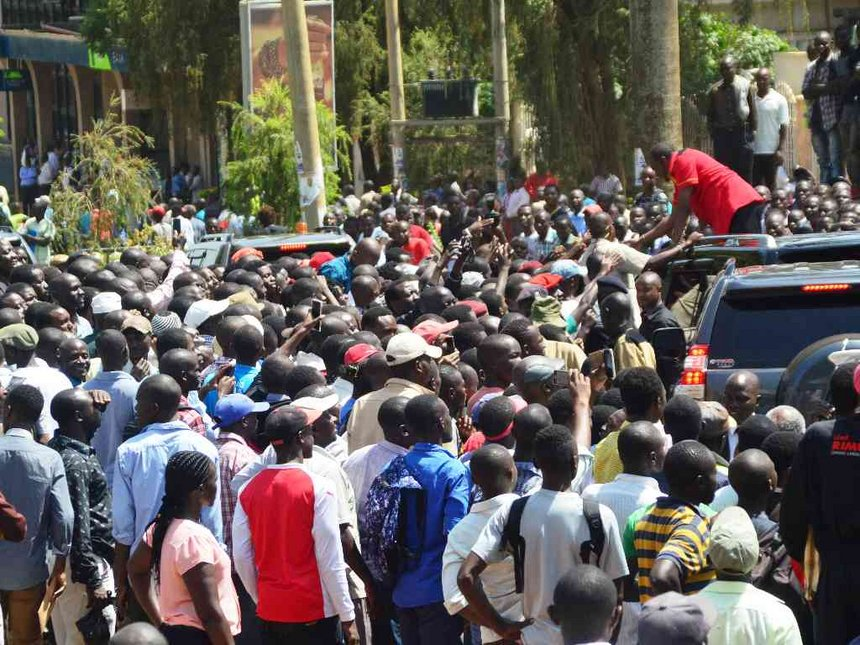 Pay us for backing you, Kakamega Jubilee supporters tell Uhuru