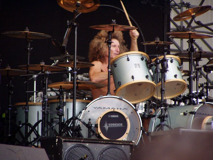 Happy 67th Birthday to Tommy Aldridge, regarded as a double bass drum pioneer in rock music.