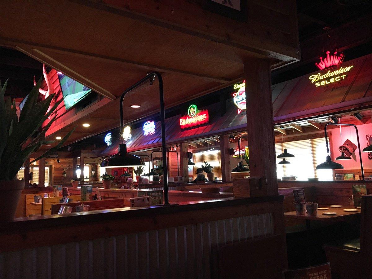 たぶんNASAの宇宙飛行士になるための裏面接会場だったレストランなう #宇宙兄弟 (at  in Friendswood