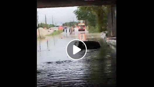 Cars in Baltimore highway underpass submerged amid flash flood warning