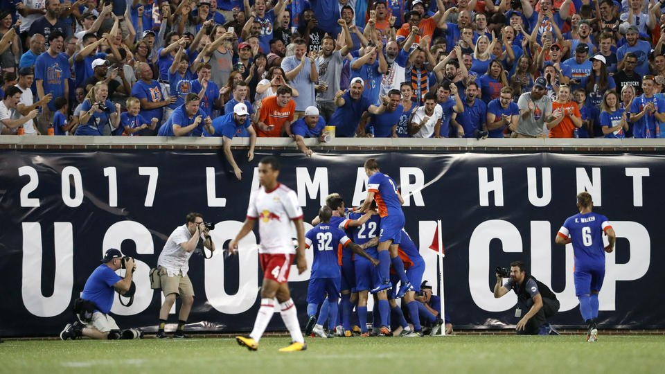 Wright-Phillips scores twice, Red Bulls reach Open Cup final