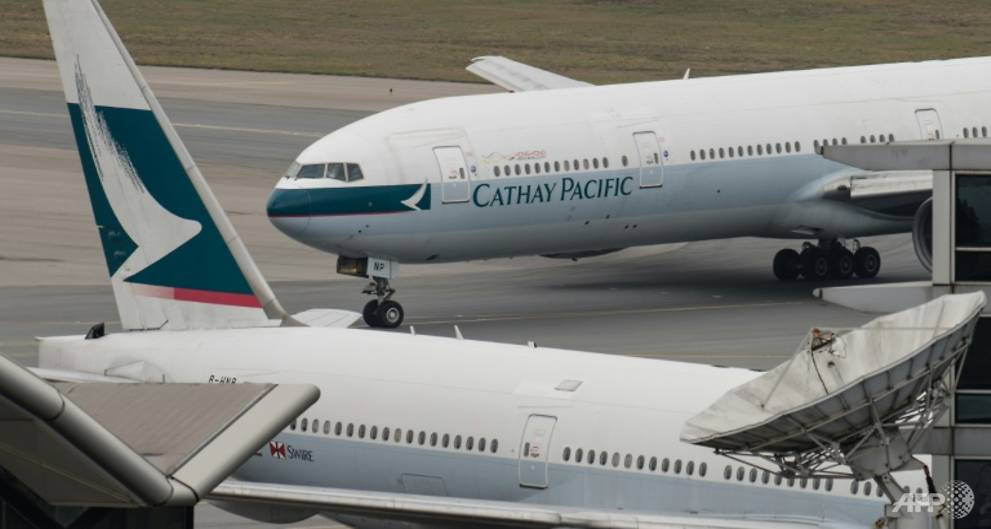 Troubled Cathay loses US262 million in first half 2017