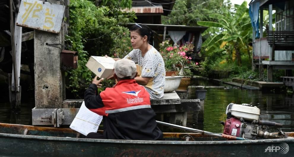 Postal boating: The Bangkok mailman still bringing word by canal