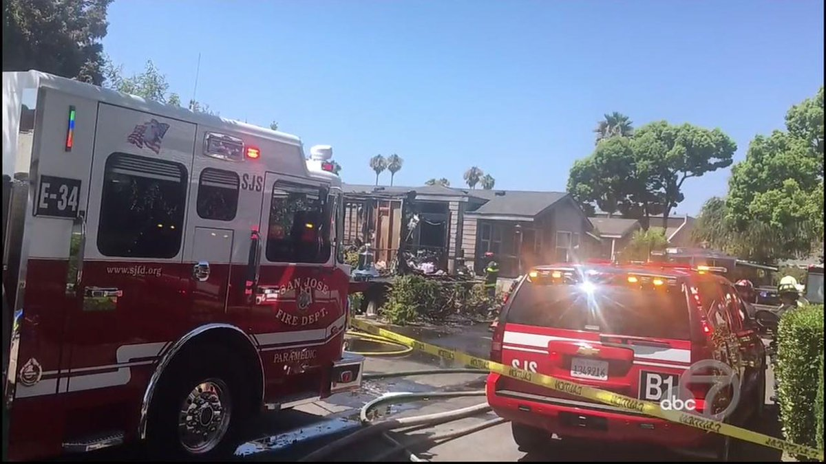 2 dead, 1 missing in San Jose mobile home fire