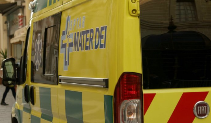 Teen grievously injured in Għar Lapsi fall