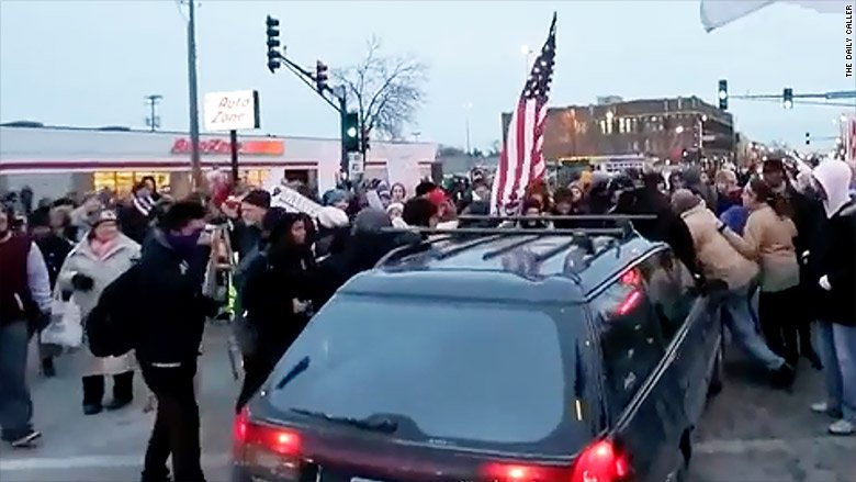 Fox News and The Daily Caller delete posts encouraging people to drive through protests https://t.co/jllYlz9wIp https://t.co/Do1RR5B9Pt