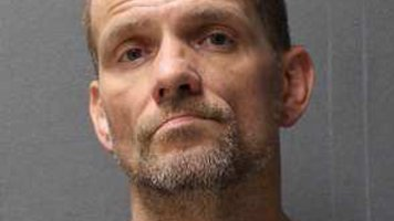 Siouxland fugitive arrested Tuesday