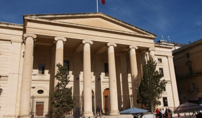 Failed Ukrainian asylum seeker admits to returning to Malta under assumed name