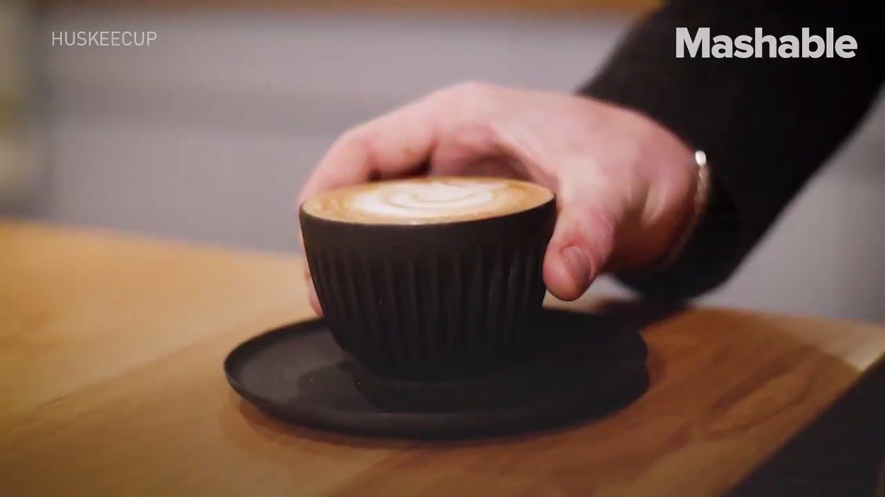 I heard you like coffee, so we put your coffee in a cup made out of coffee https://t.co/EGF1qYItMz