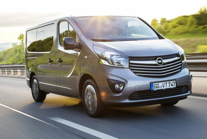 Карьерный рост: Opel Vivaro обзавелся дорогими вариантами
