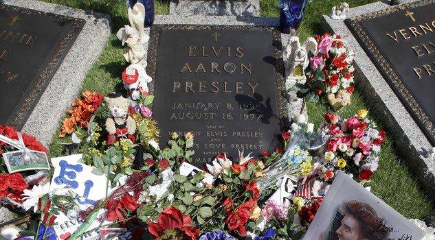 #ElvisPresley