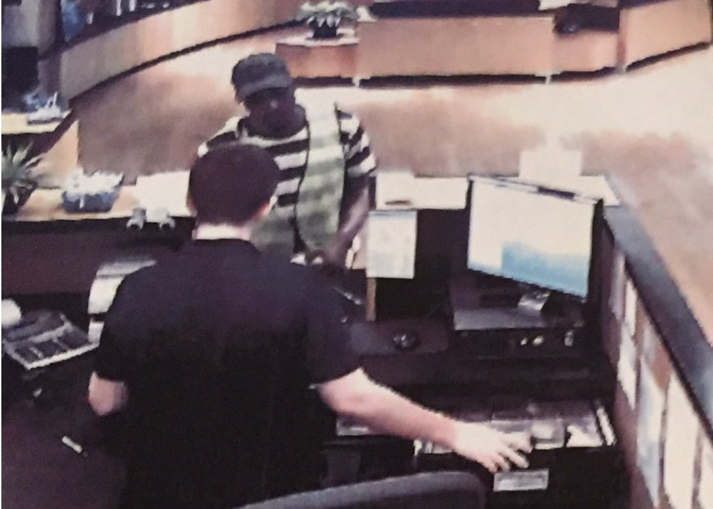 Webster Groves police investigate credit unionrobbery