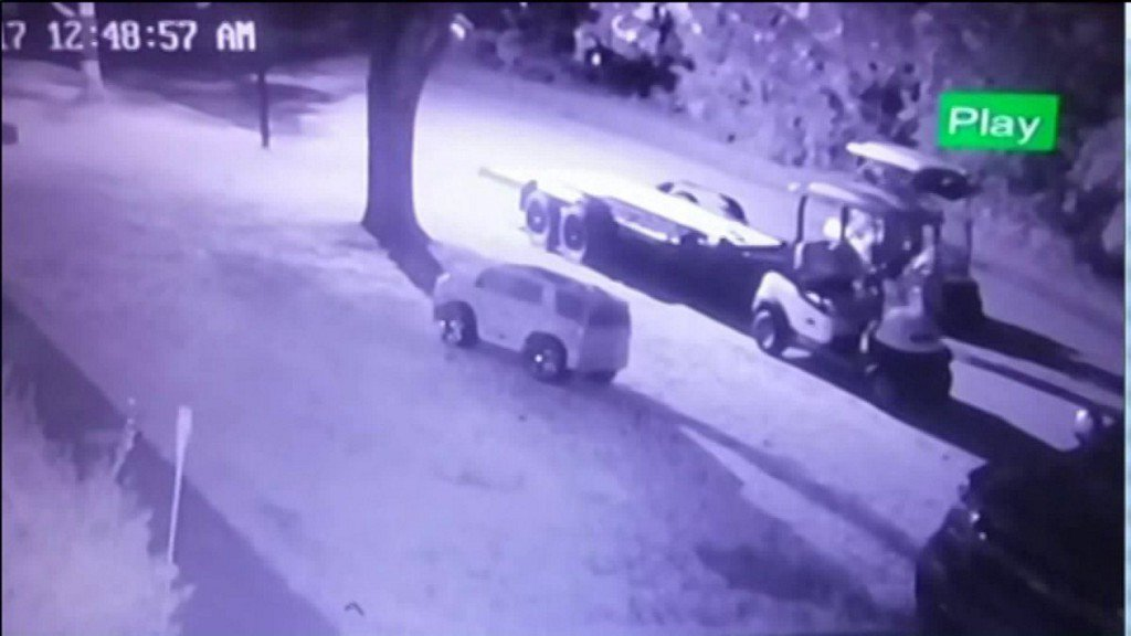 Police believe the same suspects are behind golf cart thefts in St. Clair County