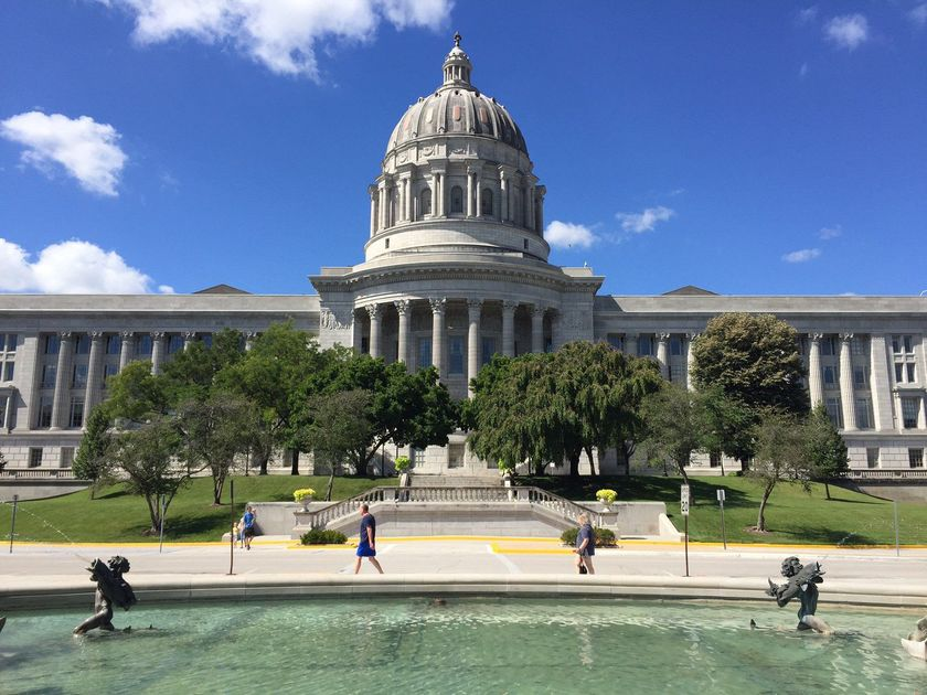 Missouri lawmakers looking again at prevailing wage law