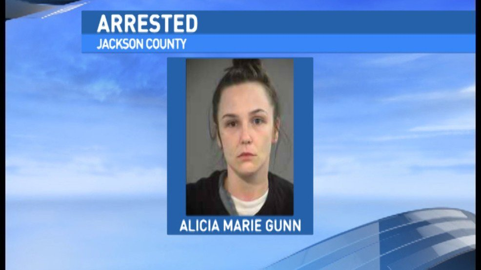 Oregon woman charged with assault for baby's injury