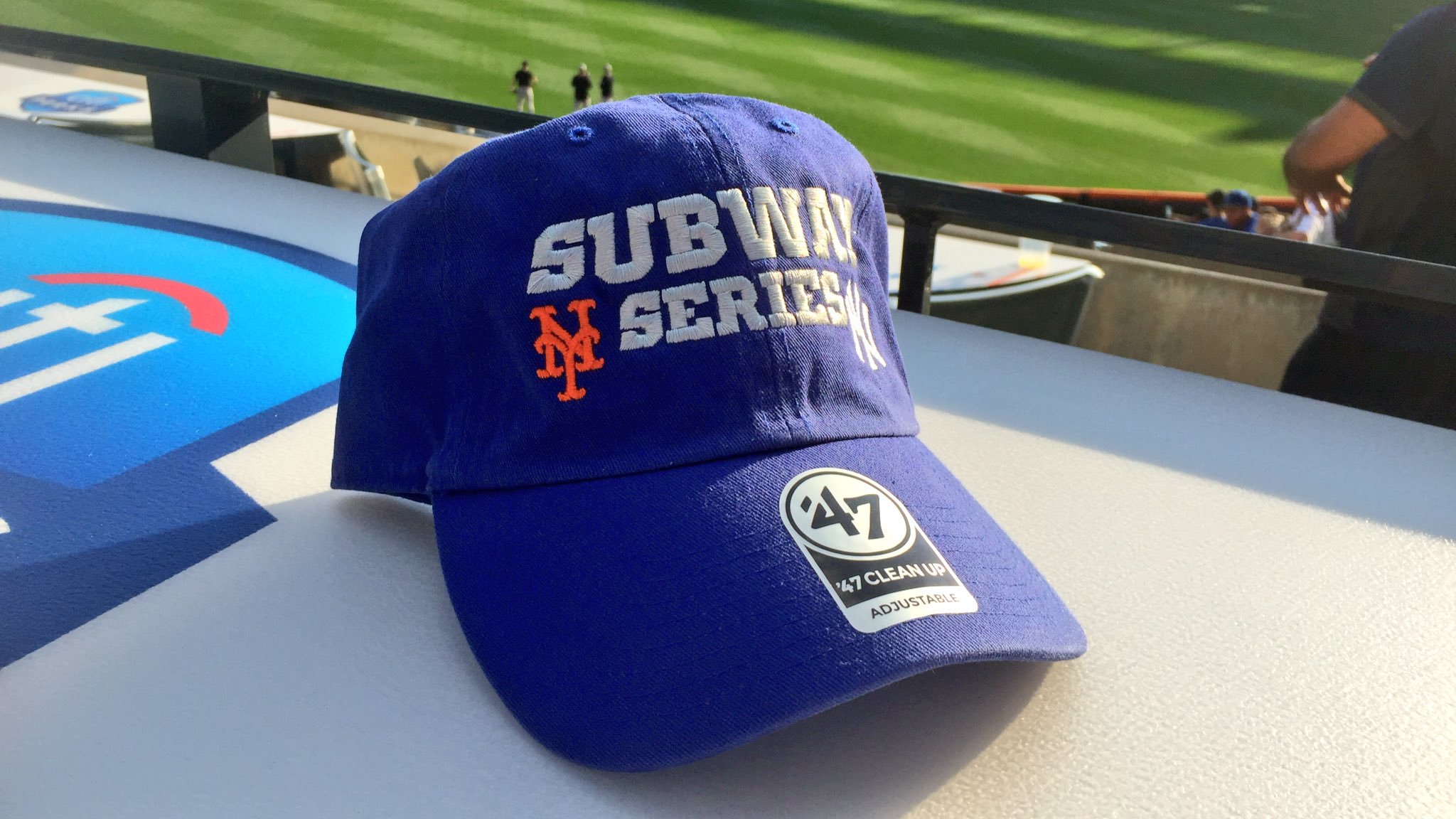 RT and follow @MetsTeamStore to enter to win this #SubwaySeries hat! ��������  Rules: https://t.co/bEcNcFxRhc https://t.co/0otDm9YcK3
