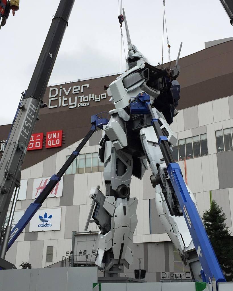 ガンダムユニコーン 大地に建つ! #gundam #ガンダムベース東京 #実物大ガンダムユニコーン