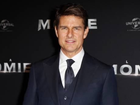 Impossible 6 filming suspended after Tom Cruise Injury
