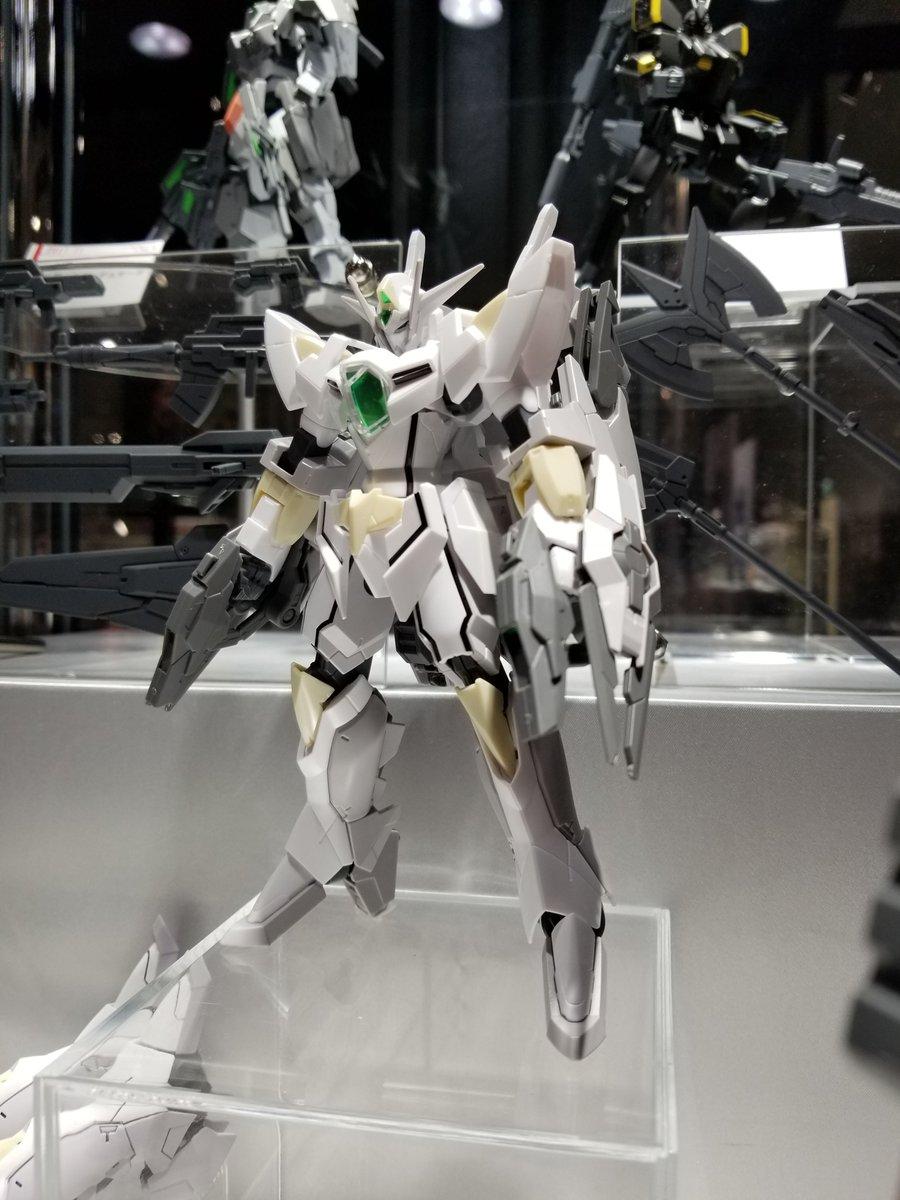 ガンダムベース東京にて開催『ガンダムビルドファイターズ ワールド』では、バトローグ第1話に登場したあの機体も展示してます