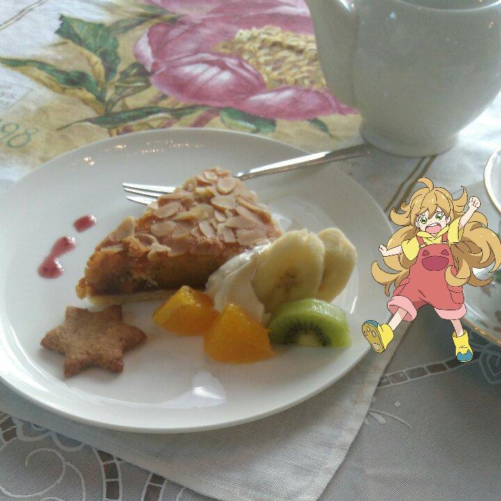 英国風メイド喫茶メルト@小矢部ケーキセット、頂きます #甘々と稲妻 #butaimeguri