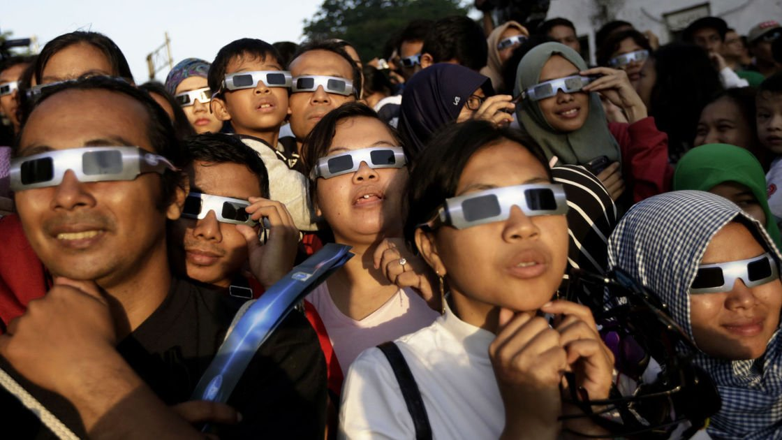 Don't put an eye out: Here's what you'll need to watch the Aug. 21 eclipse safely