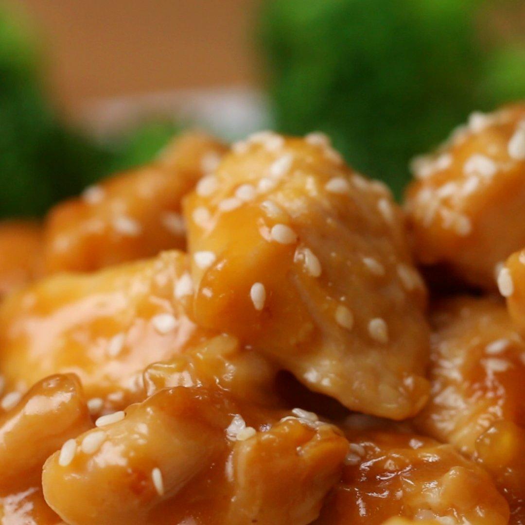 フライパンひとつで!やわらかオレンジチキン🍊レシピはこちら! 作ったら #tastyjapan をつけて投稿してください