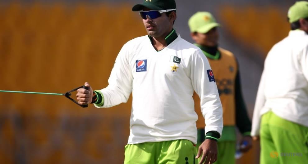 Cricket - Pakistan's Akmal in trouble over Arthur outburst