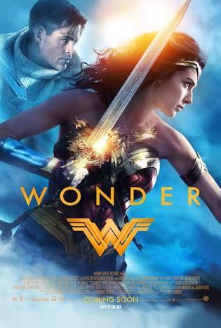 『ワンダーウーマン』何が素晴らしいって、剣・盾・縄を使ったアクションが、カッコいいし美しいのです。女性が300(スリーハ