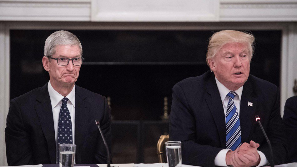 Apple CEO: I disagree with Trump's 'moral equivalence' about Charlottesville https://t.co/IPxrzB9xwY https://t.co/sGQcI67rSa