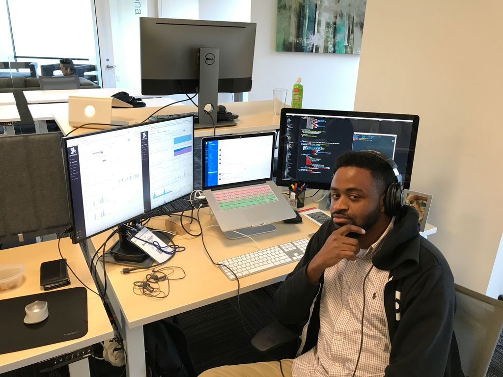 Interviewing as an Outsider: How I Finally Got Seen in Tech (by @omgbreon): https://t.co/nQqNbr5Vho https://t.co/X9XhMoL2Wr