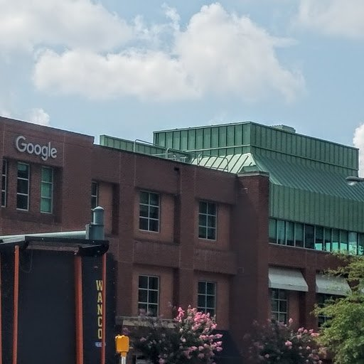 test Twitter Media - Look who has put up a new sign in the neighborhood... @Google! Just noticed it while walking on campus ...Where is @Facebook ?  @Amazon ? https://t.co/t0MkbUfZH3