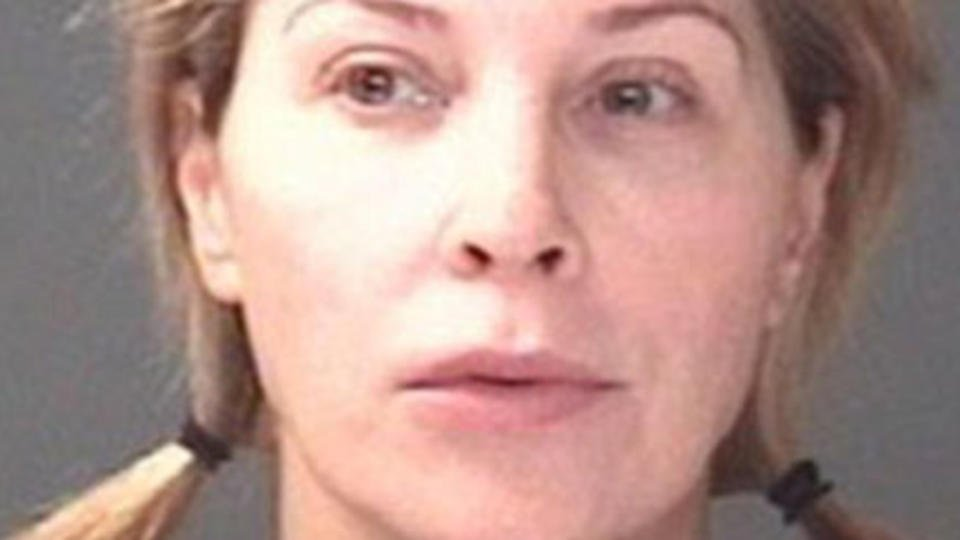 Former Mrs. America convicted of felony theft in Macy's clothingscheme