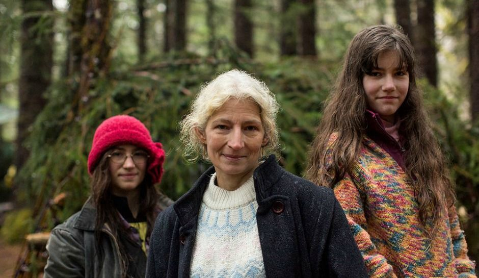 'Alaskan Bush People': Ami Brown Celebrates 54th Birthday This Month As Rainy Brown Starts A New Video Series