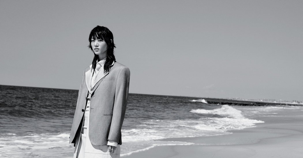 Sharp Men's Wear Silhouettes, Tailored for the Female Form