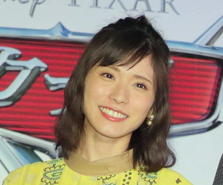 test ツイッターメディア - 本日付の紙面、大型インタビュー「L」(Lady Love Life)に登場するのは、日本テレビ系ドラマ「ウチの夫は仕事ができない」(毎週土曜、午後10時~)で錦戸亮の妻役を演じている女優の松岡茉優です。紙面いっぱいの写真と熱いインタビューをお楽しみに。 https://t.co/adHFIVYuLA