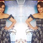 When Huma Qureshi gave us style inspiration in a beautiful plaiddress