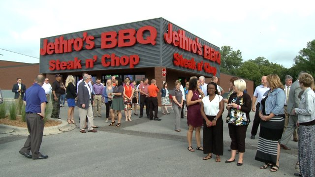 Jethro's Opens New Restaurant in Ames as Largest Sports Bar in Big12Conference
