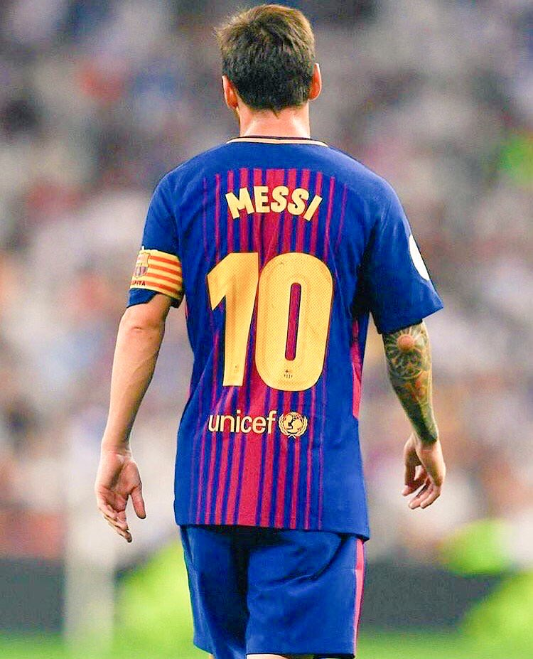 RT @8Fact_Footballl: For the next month, Messi will have to be Xavi, Suarez, Messi, Iniesta and Neymar alone. https://t.co/TdzBO67c8m