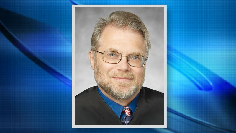 San Diego judge commented on women's looks, called man 'little boy'