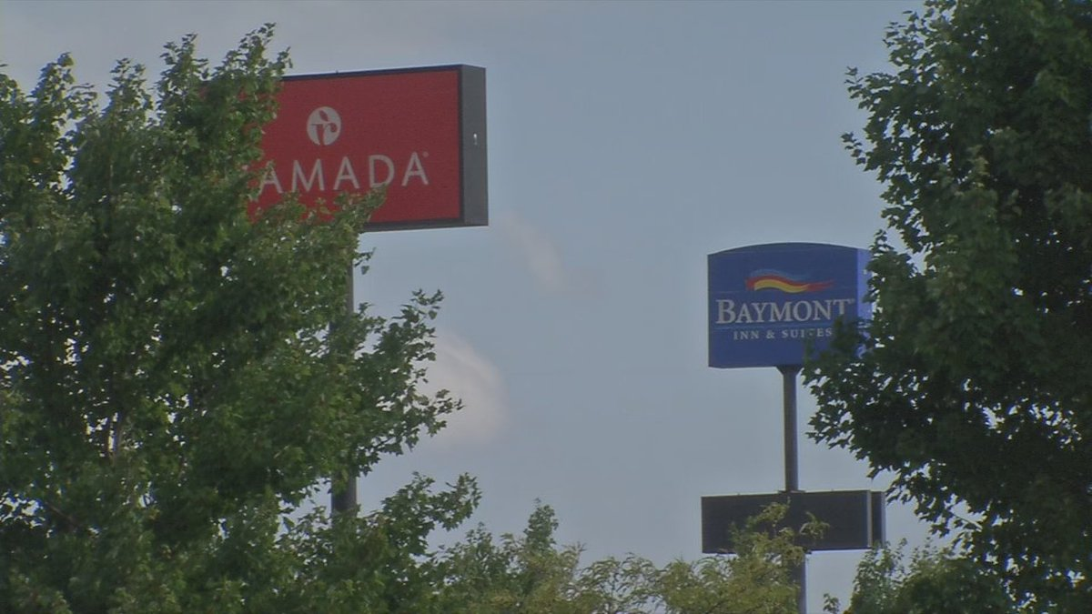 Elizabethtown hotels report sell-outs for solar eclipse weekend
