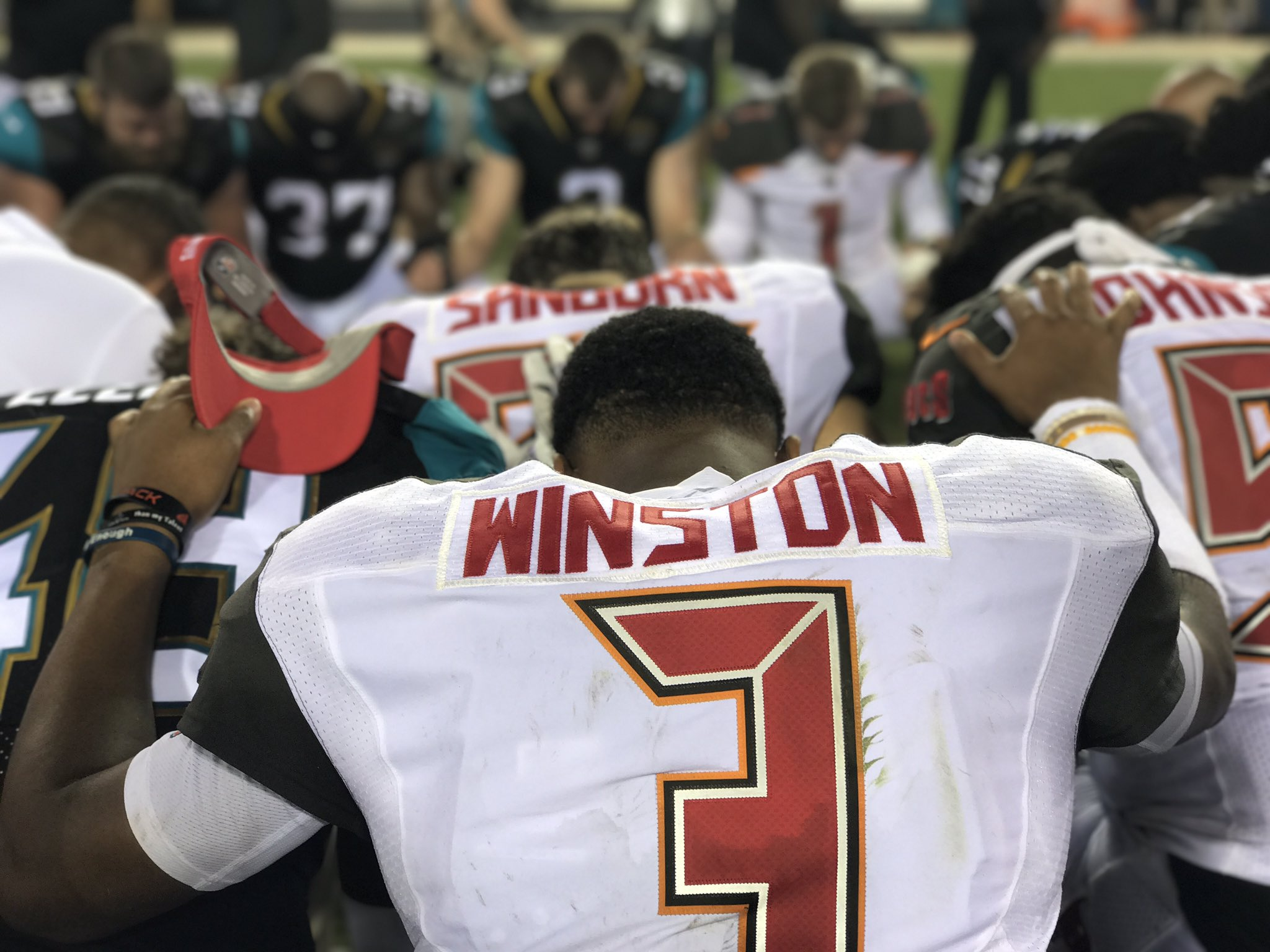 Bucs and Jags share a moment after the game �� https://t.co/aqX2t0UoQo