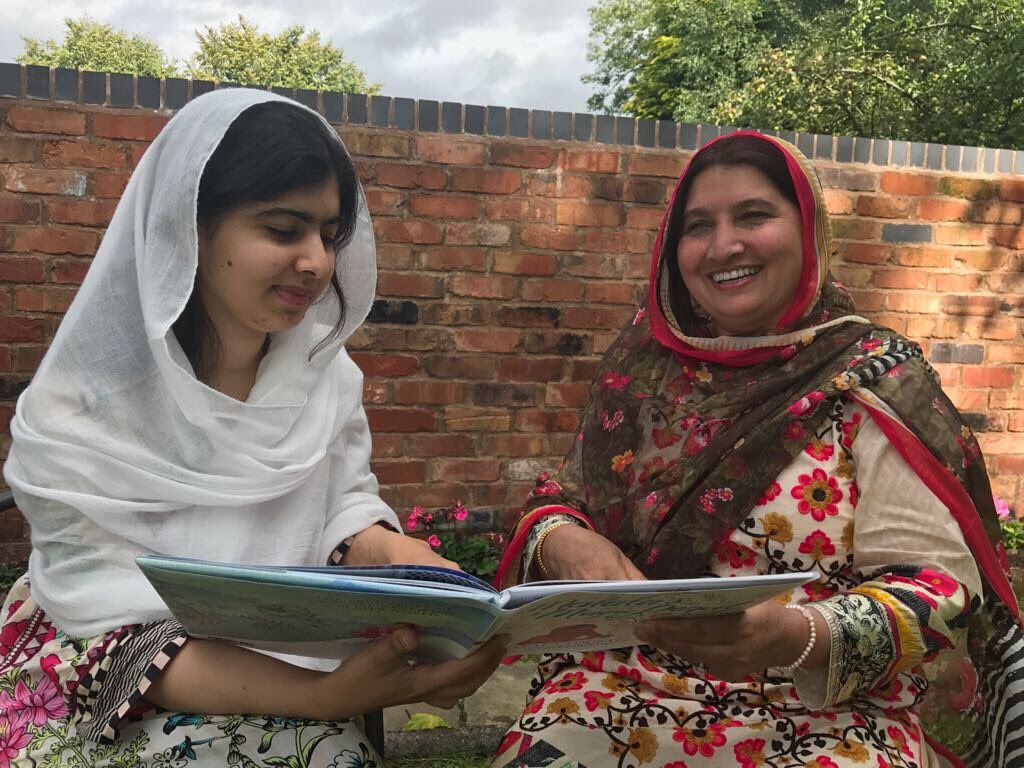 Pakistan: Nobel laureate education activist Malala accepted to Oxford
