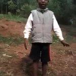 Uliiba kura za RAILA - 7 yr old boy skins UHURU KENYATTA alive (VIDEO)