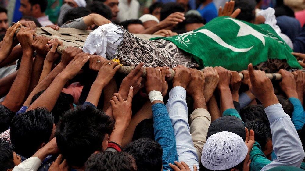 Opinion: How India is erasing Kashmir's autonomous status