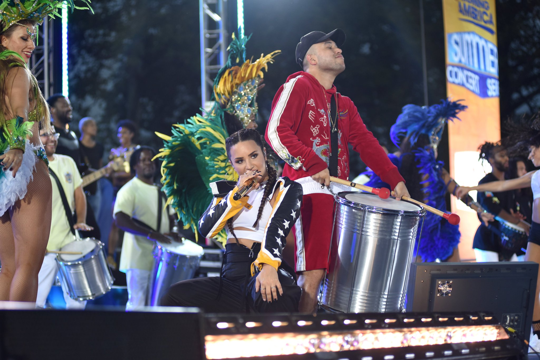 WATCH: @ddlovato and @JaxJones rock out to their new track 'Instruction' on @GMA! https://t.co/NF2nDHZ8Bl #DemiOnGMA https://t.co/al44SBCS76