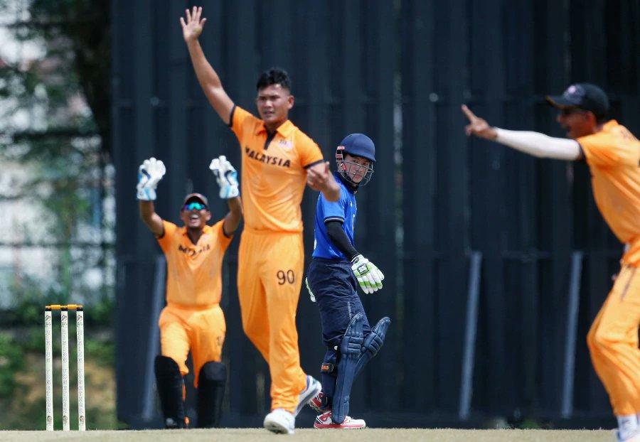 Malaysia thrashes Thailand by 160 runs