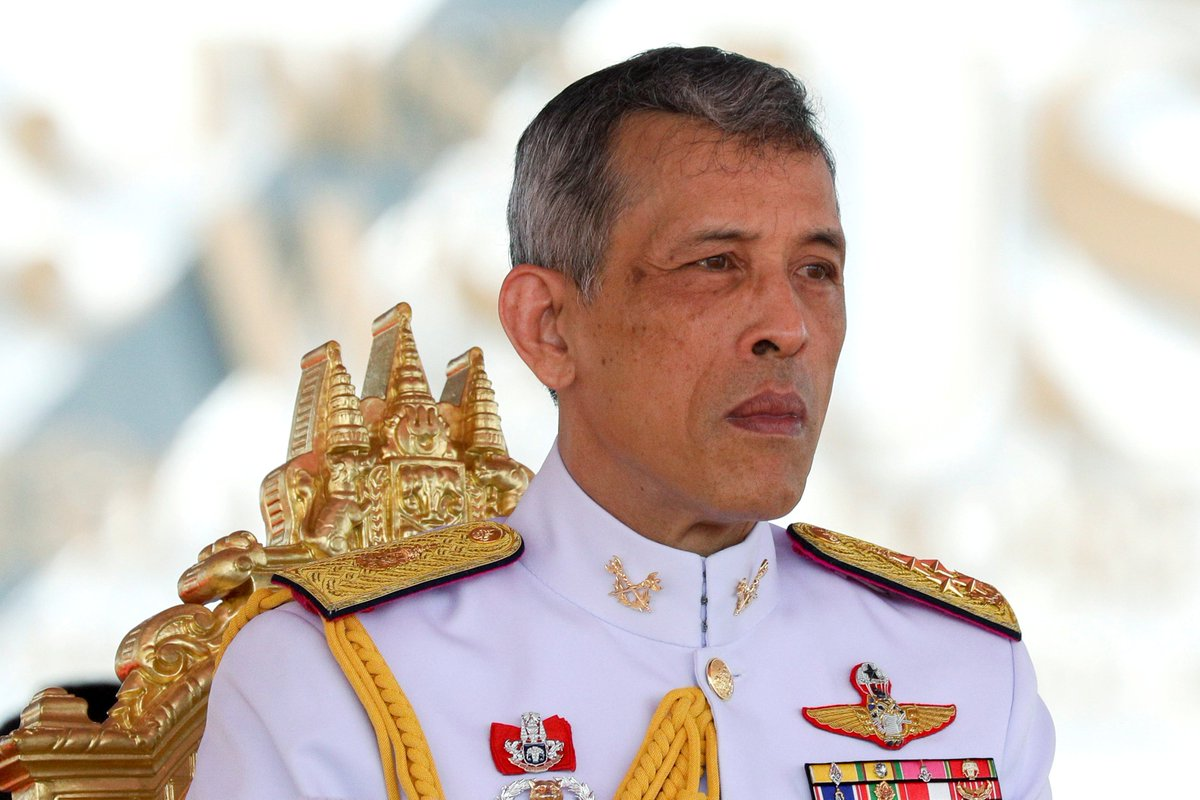 Thai 14-year-old boy and eight others charged with royal defamation