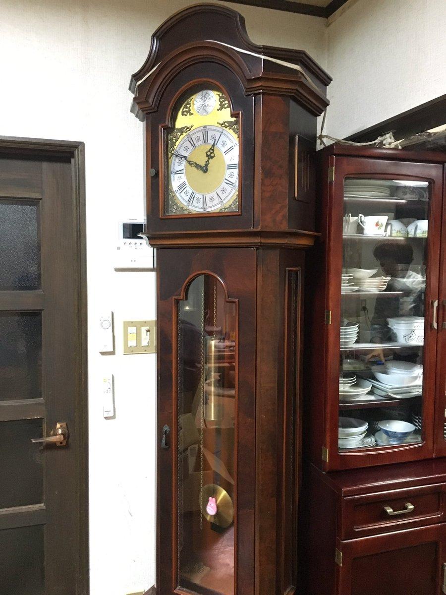 実家にね、立派な古時計があるんだけど、よくみたら振り子にトトロついてる