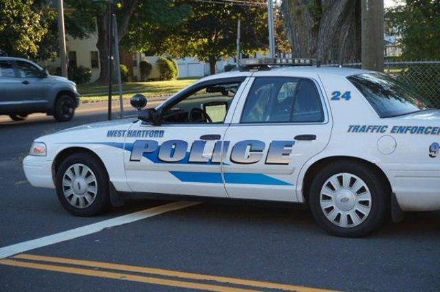 Police investigate assault at West Hartford bar