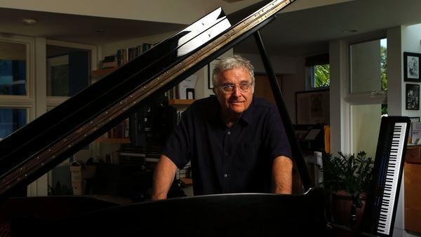 Randy Newman reflected on his legacy and new album at an intimate L.A. gig